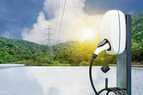borne de recharge courant électrique