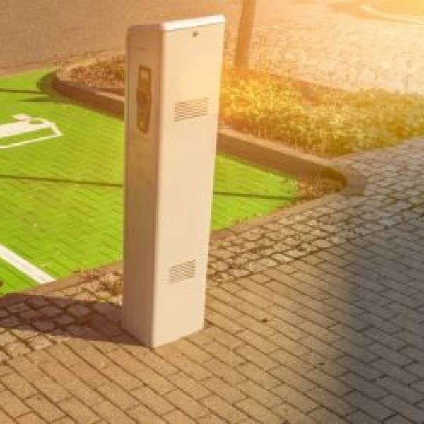 installation_borne_recharge_vehicule_electrique_electro-mob